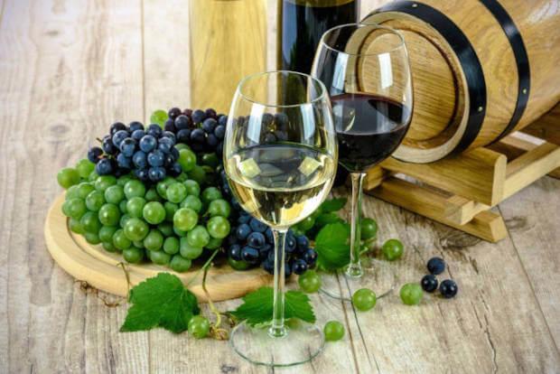 Uvas, taças e barril - Juices com sabor de vinho para vape